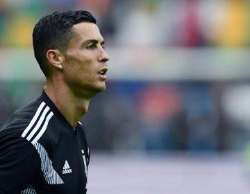 """Cristiano Ronaldo se refugia de la """"tormenta mediática"""" en el futbol"""
