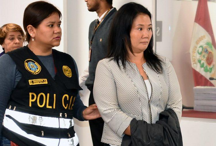 """Critica Fujimori arresto de Keiko y pide a sus hijos permanezcan """"unidos"""""""