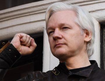 Assange dispuesto a entregarse a la justicia si no es extraditado a los EE. UU.