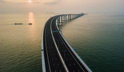 10 datos del puente sobre el mar más largo del…