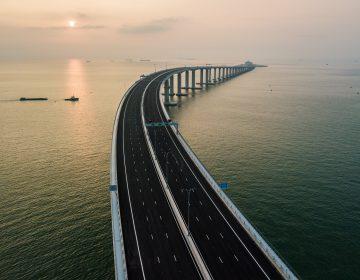 10 datos del puente sobre el mar más largo del mundo inaugurado por China