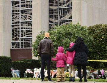 """El sospechoso de ataque antisemita que dejó 11 muertos evocó """"genocidio"""" y odio contra judíos"""
