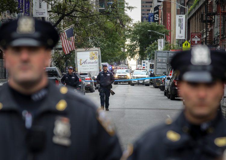 Arrestan en Florida a sospechoso de enviar presuntas bombas a políticos y CNN; suman 12 paquetes