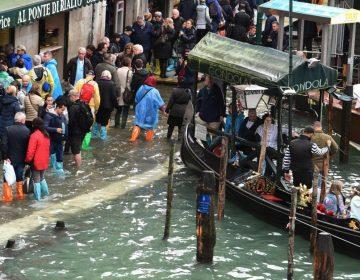 Diez muertos por inundaciones y dos pinturas de Miró afectadas por el agua en Venecia