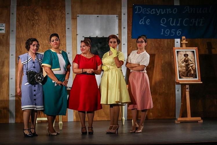 """Risas y reflexión ofrece """"5 mujeres comiéndose un quiché"""" en su cierre de temporada"""