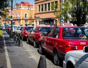 Se suman taxistas a petición de subir tarifas