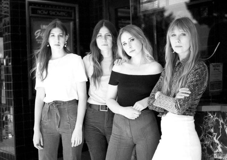 Sronefield, el cuarteto de hermanas que trae a México su rock psicodélico