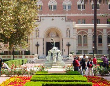 Universidad de California pagará 215 mdd a estudiantes por casos de abuso sexual