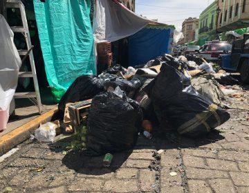 Basura, invade calles de la capital oaxaqueña