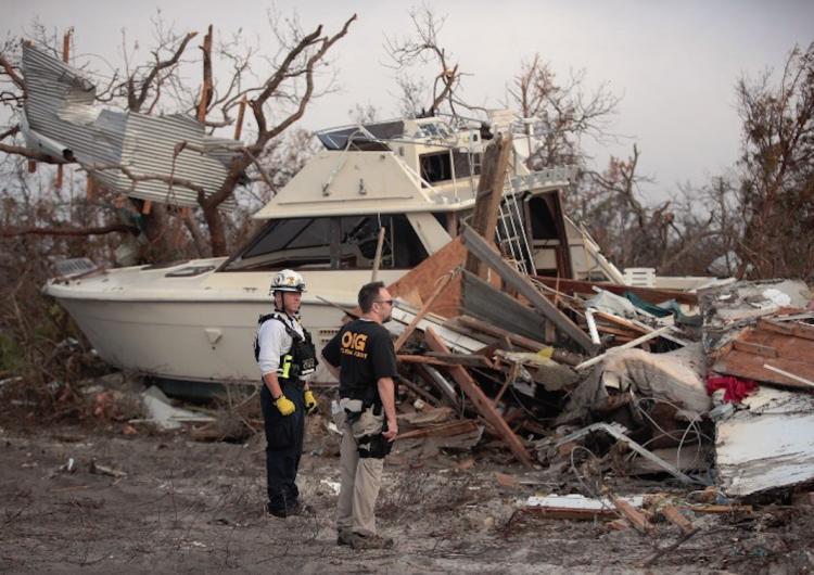 Reportan al menos 30 muertos por paso del huracán Michael en Estados Unidos
