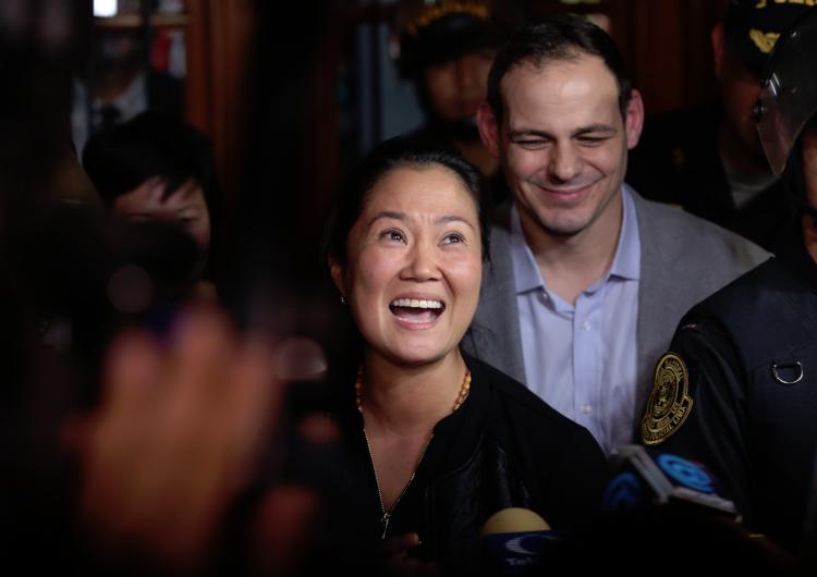 Liberan a Keiko Fujimori luego de acusarla de lavado de dinero; dice que buscará la presidencia