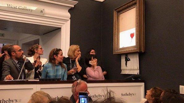 Venden obra Banksy por US$ 1.2 millones ¡y se autodestruye!