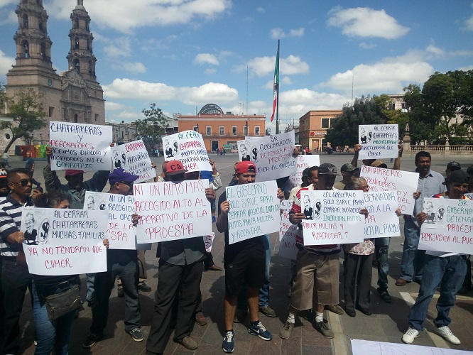 Se manifiestan por clausura de chatarreras en Aguascalientes