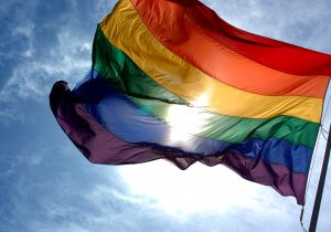 EE. UU. niega visas a diplomáticos homosexuales, a menos que estén casados