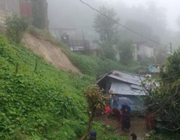 Deja lluvia vías con bloqueos y dos lesionados en Hidalgo