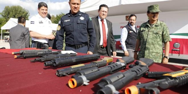 Huachicoleros usan armas calibre 22 y 9, afirma comandante
