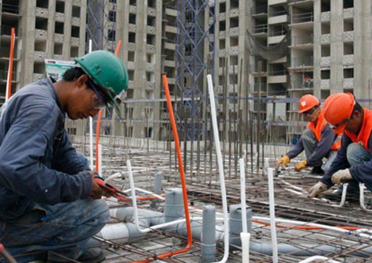 Se pierden en un mes 2 mil 331 empleos en la construcción; la caída es del 8.3%