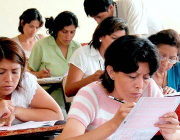 Congreso exhorta a autoridades educativas suspender la evaluación docente