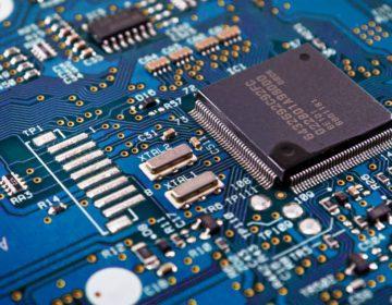 Chips diminutos, ¿la nueva estrategia de China para robar secretos tecnológicos ?