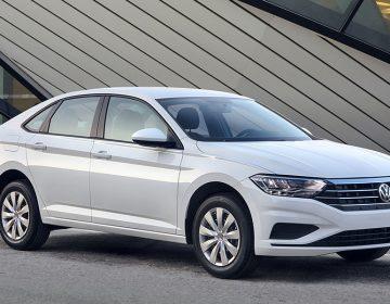 Lanza Volkswagen versión Trendline del Jetta; cuesta hasta 427 mp en México