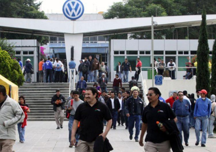 En octubre más paros técnicos en VW