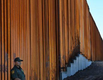Estadounidense de origen latino acusa que fue deportado sin razón a México, donde sufrió un secuestro