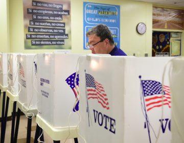 Violencia, migración, economía: los temas que marcan las elecciones en EE.UU.