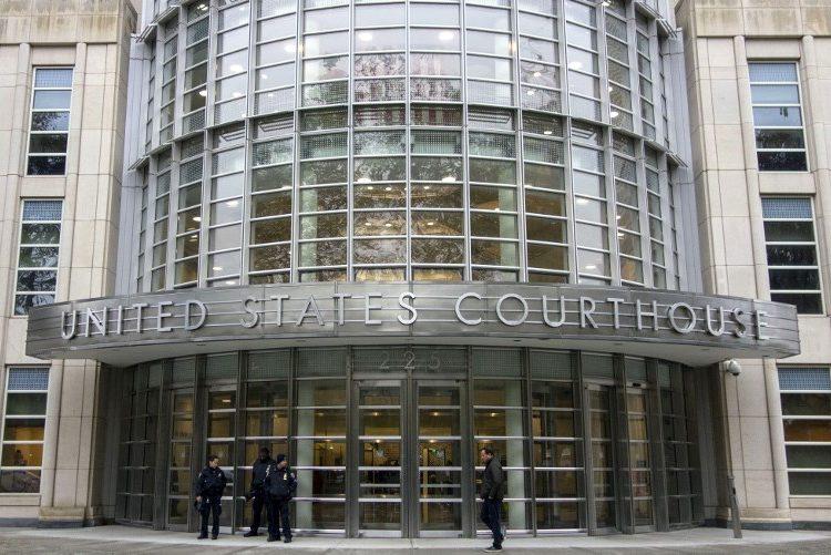 Potencial jurado en el proceso del Chapo pide autógrafo y es descartado