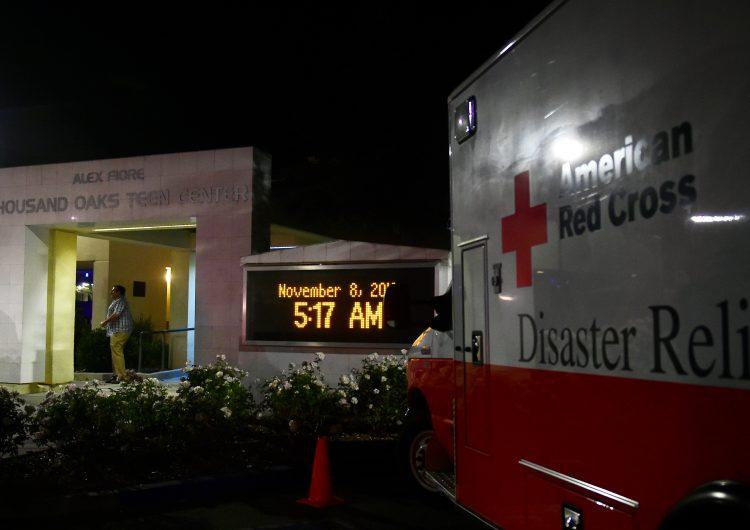 Exmarino mata a 12 personas en un bar de California
