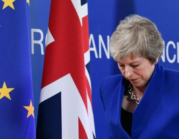 Reino Unido y la Unión Europea aprueban su acuerdo de 'divorcio'; están a un paso de concretar el Brexit