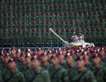 "Guardia Nacional militarizada: un ""error colosal"" de AMLO, dicen expertos"
