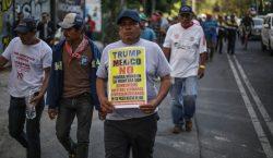 Migrantes hondureños marchan a sede de la ONU en CDMX;…