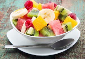¿Cenar fruta nos hace engordar?