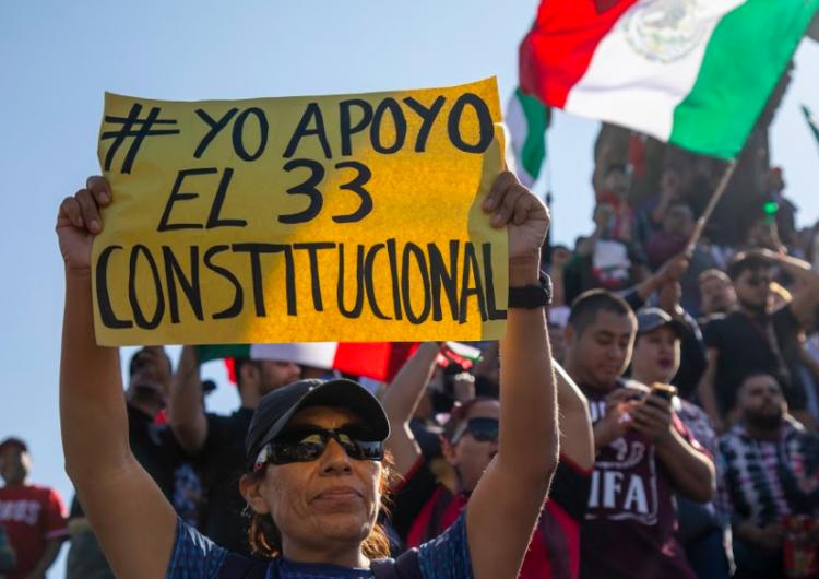 El 33 constitucional