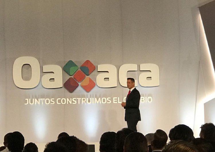 Despenalizar mariguana y amapola, propone gobernador de Oaxaca