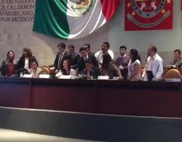 A gritos, muestra bancada de Morena fractura en LXIV Legislatura