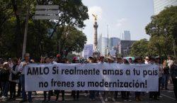 Marchan en CDMX contra consulta que llevó a la cancelación…