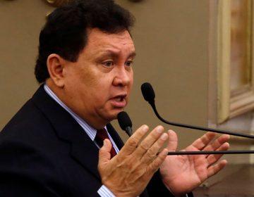 Héctor Alonso pide condonación de pago de casetas en carreteras para diputados