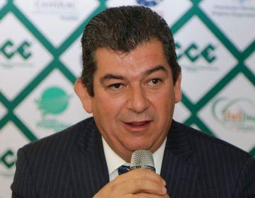 Revisiones salariales de 2019 partirán del 4.95%, adelanta presidente del CCE