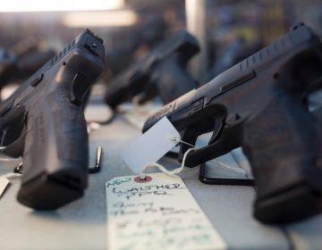 Nueva York desea que reveles tu historial en redes sociales antes de dejarte comprar un arma de fuego