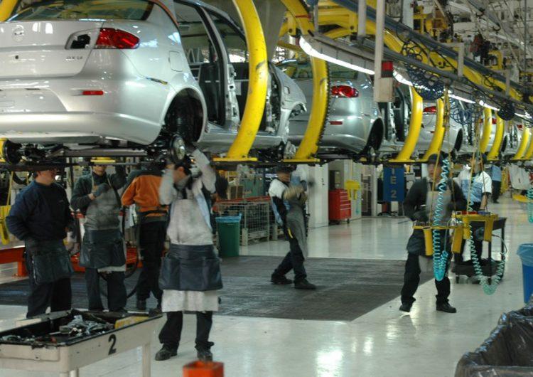Advierte Sitiavw que en 2019 se agudizará crisis en industria automotriz