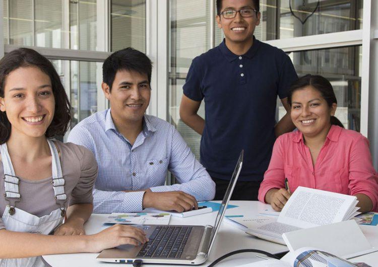 Entrega Concytep apoyos económicos a 15 investigadores poblanos