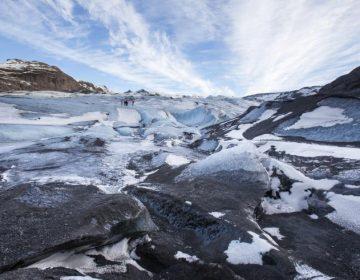 """Un glaciar conectado con un volcán deja una """"nube"""" de metano sobre Islandia, según científicos"""