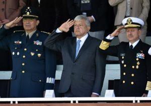 La salutación de las Fuerzas Armadas, ¿por qué esta ceremonia es importante para el gobierno de AMLO?