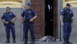 Hombre mata a 5 personas y se suicida durante misa…