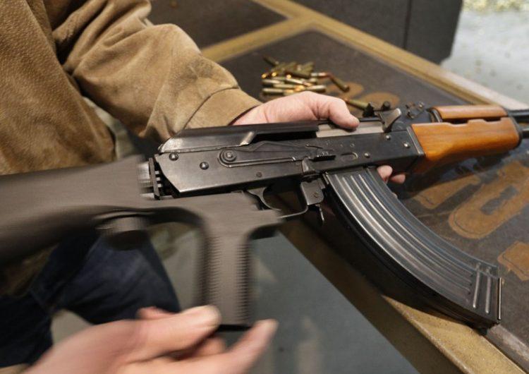 ¿Qué son las armas bump stocks y por qué acaban de prohibirlas en los EE. UU?