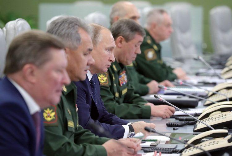 """Putin ya tiene listo nuevos misiles hipersónicos que asegura son """"invencibles"""" a defensas de EE. UU."""
