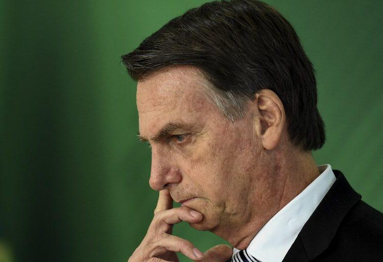 Adquirir un arma en Brasil será fácil para las personas que no tengan antecedentes penales, asegura Bolsonaro
