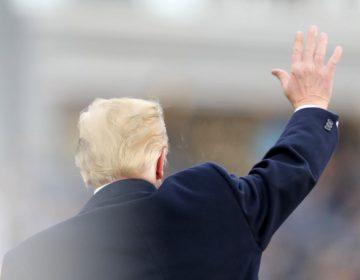 Renuncias o despidos en la era Trump: los funcionarios cercanos al presidente que dejaron su cargo