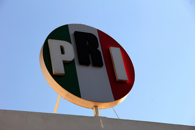 """Acusa el PRI a MORENA de """"robarle"""" líderes seccionales"""